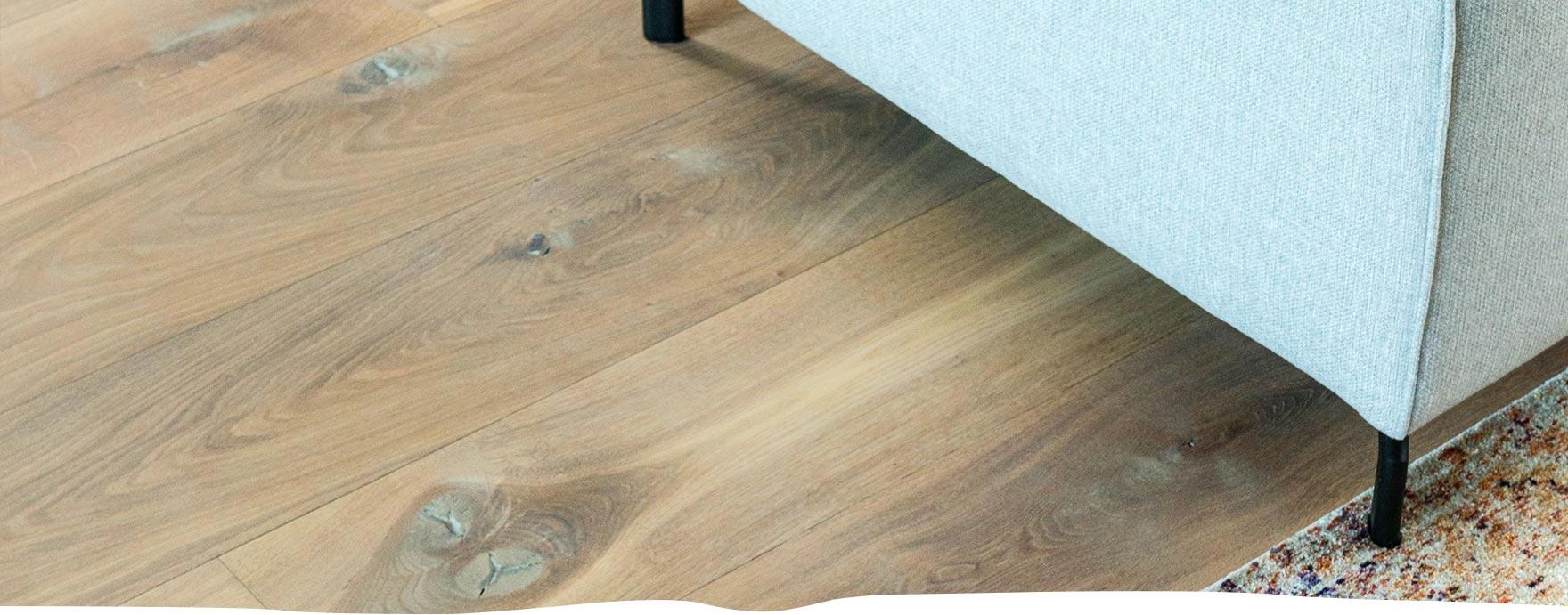 Rustieke duoplank vloer met vloerverwarming - De Hout Snip