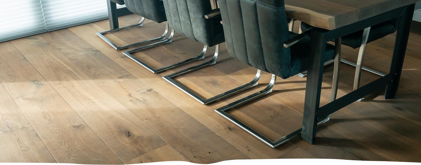 Duoplank vloer, incl. Houtsnip boomstamtafel - De Hout Snip