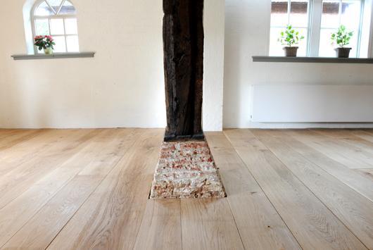 Massieve TAPSE eiken vloer, inclusief een Houtsnip oud eiken tafel